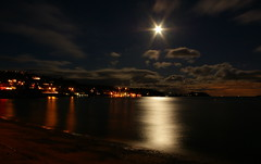 Full Moon on Departure Bay (Mike Bingley) Tags: longexposure canada britishcolumbia nanaimo fullmoon vancouverisland 2007 departurebay i500 explorejan32007139