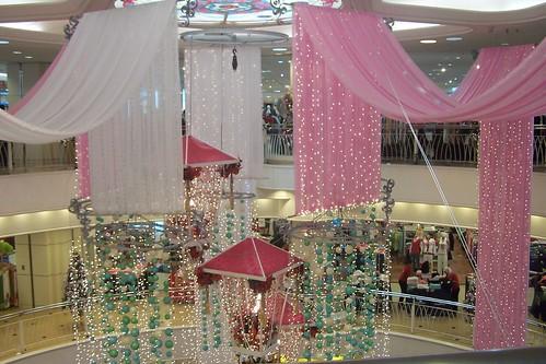 Merah jambu berseri malam tahun baru Sogo Kuala Lumpur