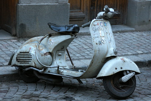 Old Vespa by Ellefson