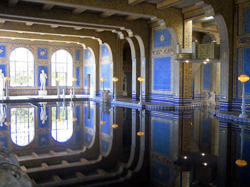 The indoor pool at Hearst Castle. Credits: The Mosaic Art Source Blog