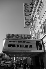 Apollo Theatre, Harlem, New York, USA (Alexander Marc Eckert) Tags: new york city nyc newyorkcity bw usa ny newyork apple america us blackwhite big unitedstates theatre harlem manhattan unitedstatesofamerica 911 dream terror sw states amerika schwarzweiss apollo schwarzweis bigapple cityofnewyork staaten apollotheatre vereinigtestaaten citythatneversleeps etatsunits stadtdieneimalsschlft newyorkprovidencebostondecember24th31st2006album newyorkcityalbum vereinigstestaatenvonamerika