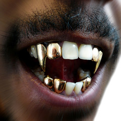 Hip hop Dracula (Eric Lafforgue) Tags: simon tooth mouth gold vampire or jaw teeth dracula dent bouche hiphop rap bling toulouse fangs dents lafforgue colorphotoaward machoir