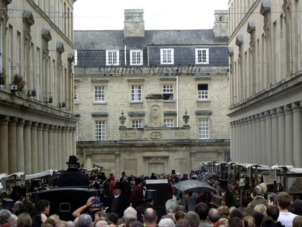 061007.049.Somset.Bath.Bath St.Filming Austen's Persuasion near the Cross Bath