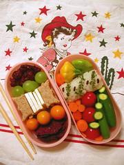 02/09/07 Bento-licious Brunch (Aylanah) Tags: project healthy bento foodart bentobox obento cutefood edibleart bentolicious japaneselunchbox bentoliciouscom graphset