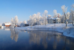 Eidsvollsbygningen / Constitution Hall (Winter version) (Krogen) Tags: winter history nature norway river landscape norge vinter natur norwegen olympus noruega scandinavia akershus historie romerike krogen landskap elv noorwegen noreg eidsvoll 1814 skandinavia naturesfinest e400 flickrsbest specland eidsvollsbygningen impressedbeauty lamigliorefotodelmese andelva norwayquality kulturminnesk