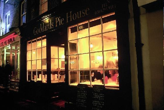 Goddard's Pie House: January 2003