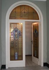 deur van de inkom naar de hal