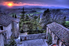 Sunset on hills (R.o.b.e.r.t.o.) Tags: sunset italy italia hill roberto hdr montone umbria collina colorphotoaward holidaysvacanzeurlaub