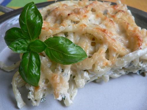 Überbackene Bucatini mit Käse-Sahne-Soße 008