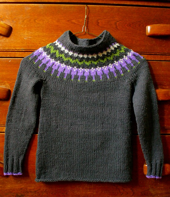 Ravelry: Icelandic Yoke Sweater pattern by Elizabeth Zimmermann