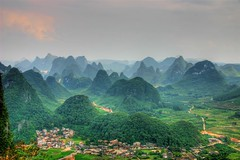 Yangshou ! Cr@zy place (TaylorMiles) Tags: china travel red mountains green digital photoshop canon photography rebel interestingness scenery flickr photographer guilin chinese communist communism cc limestone capitalism opensource popular digitalrebel backpacker efs1785mmf456isusm taoist yangshou traveler worldmarket vagabond amature confucianism efs1785 1billion magicalworlds diamondclassphotographer mandarinchinese taylormiles wwwtaylormilesnet peoplesrepublicofchinaprc fiveflickrfavs goodpeoplemao teachenglishadventure