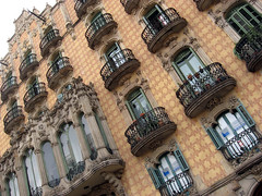 Barcelona: facade at Placa de Lesseps