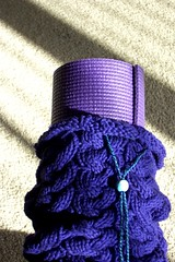 Knit yoga mat bag -- closeup