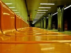 Budapest metro station (Arany Janos utca) (_tonidelong) Tags: travel winter subway navidad hungary metro budapest invierno hungria janos arany