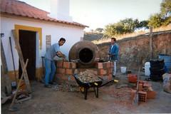 Construo de forno de po 3 (Fernando Moital) Tags: bread clare oven alentejo po zz2