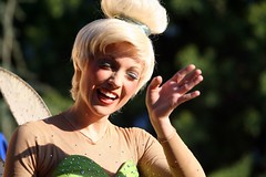 Tinkerbell (FrogMiller) Tags: california ca family cali fun pod disneyland magic parades tinkerbell wave tinkerbelle peterpan disney parade entertainment fairy socal entertainer fairies orangecounty anaheim float oc waving performer magical canoneos canonrebelxt theoc floats disneylandresort paradeofdreams disneycharacters disneycharacter castmember robertmiller frogberto
