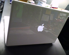 macbook with vista