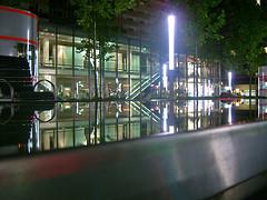shopping bei nacht (flix22) Tags: night dark nacht leer kontrast dunkel