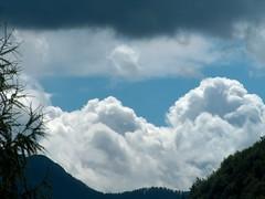 Duality in the sky? (Glockenblume) Tags: sky clouds himmel wolken bluesky blauerhimmel blackandwhiteclouds supershot blueskywithclouds abigfave impressedbeauty schwarzeundweisewolken blauehimmelmitwolken skyascanvas