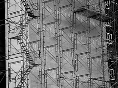 Scaffolding & First Amendment Of The Constitut...
