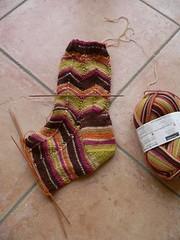 Jaywalker wip (qusic) Tags: flower colour socks garden fun design spring quilt chocolate knit craft fabric alberta easy eyecatcher foehr jaywalkers biiken2007