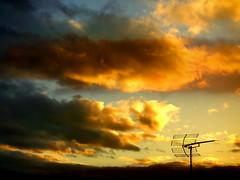 Transmitting......... (*atrium09) Tags: travel sunset pordosol sky espaa clouds atardecer spain bravo canarias olympus cielo nubes tenerife antena antenna naturesfinest e330 instantfave 25faves atrium09 mywinners abigfave 2pair shieldofexcellence instanfave superaplus rubenseabra