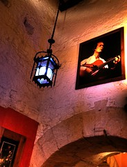 Almedina (Chodaboy) Tags: espaa 20d bar canon cafe andaluca spain pub restaurante andalucia cadiz andalusia gaspar tarifa andalusian almedina andalucian chodaboy tarifacopas tarifabares almedinatarifa almedinabar almedinacafeteria almedinacopas bartarifa pubtarifa copastarifa tarifacafe barestarifa