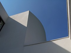 Le Corbusier's Villa Savoye geometry 2 (Jay - LA) Tags: blue roof sky white paris france jay geometry le edge villa geometrical dawson savoye ville rendered corbusier jaydawson jaydawsoncouk jaydawsonphotography