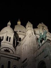 Looking up at Sacré Coeur