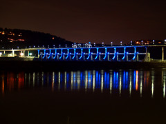 Big Dam Bridge, now with lights!