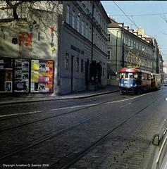 Lomo 135BC Action Shot Of Trams On Ujezd, Shot 2, Prague, CZ, 2006 (jonsearlesphoto) Tags: lomo prague czechrepublic trams actionshot 400iso ujezd 135bc kodacolorultra jonsphoto