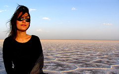On the Central Salt Lake (HORIZON) Tags: people lake ex iran horizon central salt persia saltlake iranian khoor endlesshorizon centralsaltlake