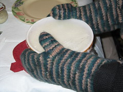 Felted Casserole Mitts