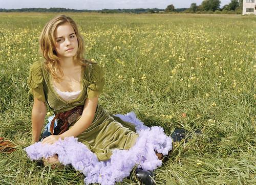 Emma Watson con vestido verde