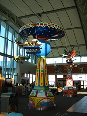 "airportland mobiles • <a style=""font-size:0.8em;"" href=""http://www.flickr.com/photos/70272381@N00/343445616/"" target=""_blank"">View on Flickr</a>"