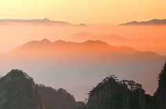 Huangshan (B_cool) Tags: china sunrise huangshan anhui abigfave lalandscape superbmasterpiece