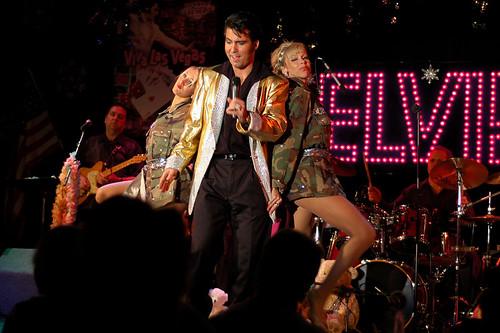 Elvis 2-02