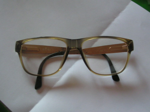 Glasögon från Christian Dior.