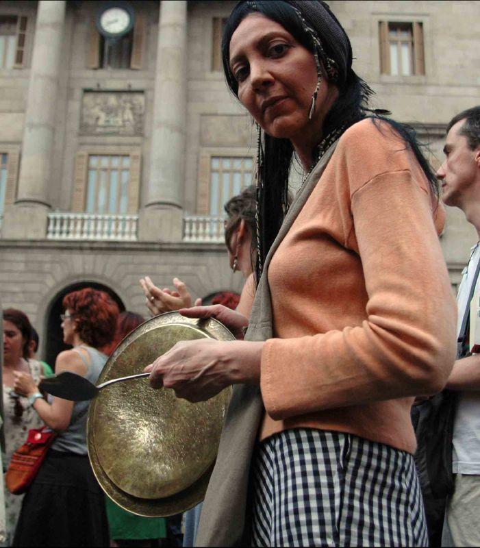 Prou repressió al moviment d'okupació! Cassolada sorollosa (Demà 23/07/10)