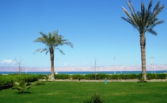 Damoon-e Kish, Persian Gulf (eshare) Tags: landscape persian iran persia kish iranian iranians persiangulf persians kishisland kamyar damoonseasidecomplex kamiarghafouri ghafouri kamyarghafouri