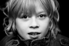 Young but Sharp (Oli Haukur) Tags: portrait bw smile children blackwhite child 07 childrenportrait feb16 ljsmyndun feb07 ozzo olihaukur 16feb ozzois ozzophotography ozzoljsmyndir