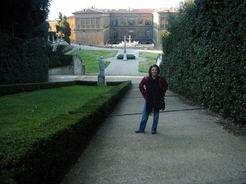 Girlie on a steep path behind the Palazzo Pitti