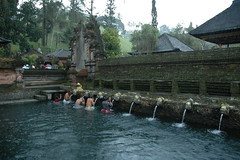 Bathing in the Holy Water- Tirta Empul (The Holy Spring Temple) (Hendrian) Tags: bali water indonesia temple spring bath holy hindu hinduism tirta empul sukarno