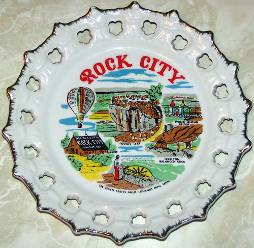 See Rock City Ceramic Spoke Plate