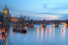 Charles Bridge (Karlv most) (DaveWilliams) Tags: prague praha most czechrepublic cz charlesbridge vltava ceskarepublika karlvmost karlv