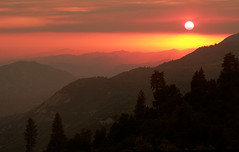 Sunset at Sequoia National Forest (Jerry Ting) Tags: sunset mountains landscape dusk sierra nationalforest thumbsup sequoia outstandingshots