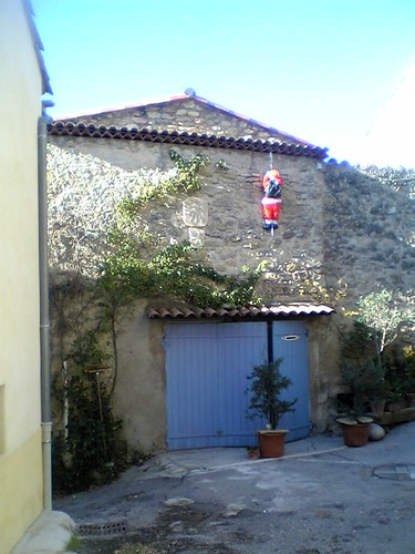 provence_santa_lynched