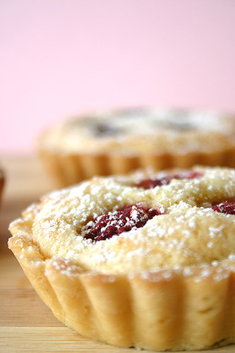 Almond Berry Tart