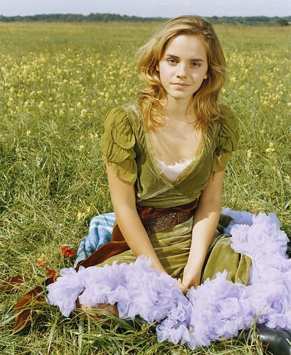 Emma Watson en el campo