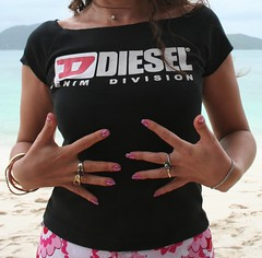 Decorated nails, Coral Island. (! .  Angela Lobefaro . !) Tags: trip travel vacation beach nature beautiful thailand mujer sand topv555 topv333 pretty chica hand sweet retrato bangkok quality patterns gorgeous topv444 gimp bodylanguage tailandia mani nails thai 600v nubes 100views linux 400views 300views 200views v600 500views lovely ubuntu ritratto nagel vacanze v300 allrightsreserved 600views 700views 500v phiphiisland v400 italians topv200 isola topv500 700v kubuntu 300v haende unghie v500 v700 digikam naegel coralisland topv600 400v topv300 topv700 topv400 someonelovesthisshot interestingness420 holidaysvacanzeurlaub angiereal maxgreco angelalobefaro angelamlobefaro massimilianogreco